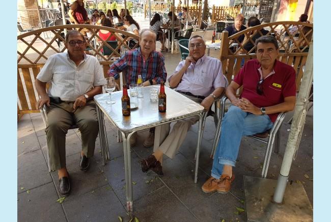 Imagen 1 de Reunion de compañeros de la UNI en Castellon
